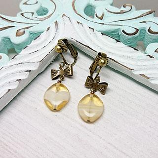 ヴィンテージビーズとリボンのイヤリング * Atelier Jasmin
