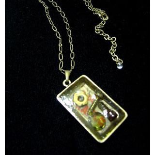 樹脂ネックレス・古時計の欠片?*Luna Antique*