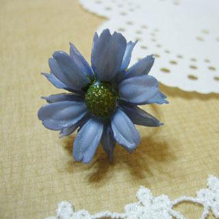 ブルーグレーの花指輪*Luna Antique*