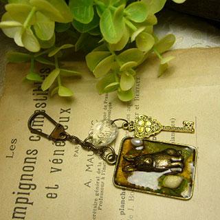 チャーム・うさこの秘密の鍵 *Luna Antique*