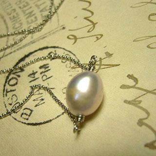 淡水パールの一粒ネックレス *Luna Antique*