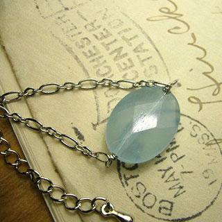 ブルークォーツの一粒ネックレス *Luna Antique*