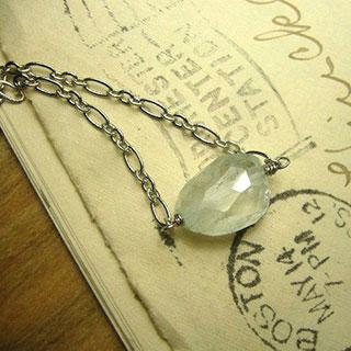 アクアマリンの一粒ネックレスM *Luna Antique*