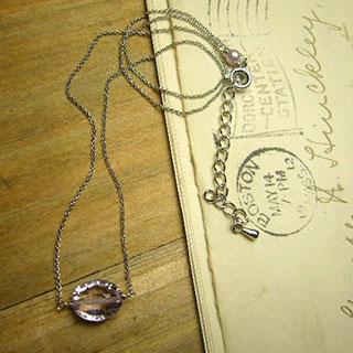 宝石質ラベンダーアメジストの一粒ネックレス *Luna Antique*