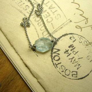 アクアマリンの一粒ネックレスS *Luna Antique*