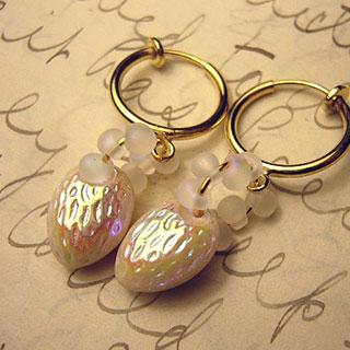 しろいちごのイヤリング *Luna Antique*