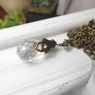 キラキラカット水晶のペンダント *Luna Antique*