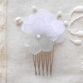 白い乙女の花の髪飾り *Luna Antique*
