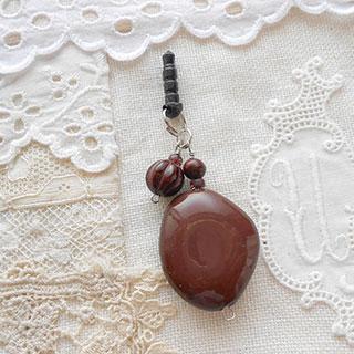 スマホピアス・チョコレート *Luna Antique*