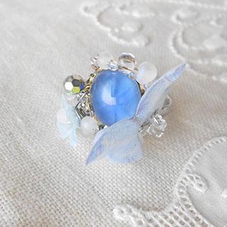 聖なる泉の魔法の指輪「空の蝶」 *Luna Antique*
