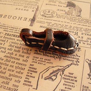 小さな靴のブローチ*o j o