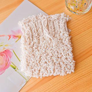 たっぷりビーズの巾着 (たて柄) * Ours blanc
