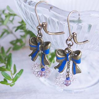 青いリボンのフレンチピアス * sakuragai